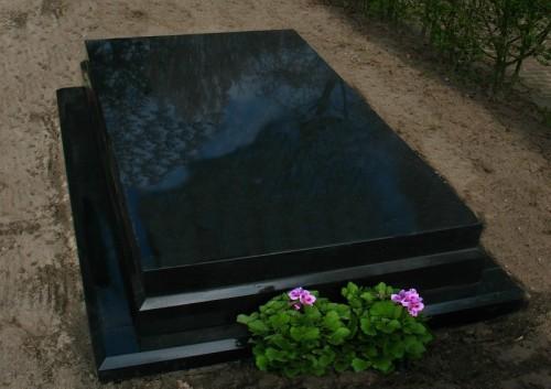grafmonument zwart graniet