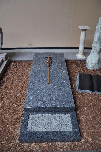 Liggende grafsteen