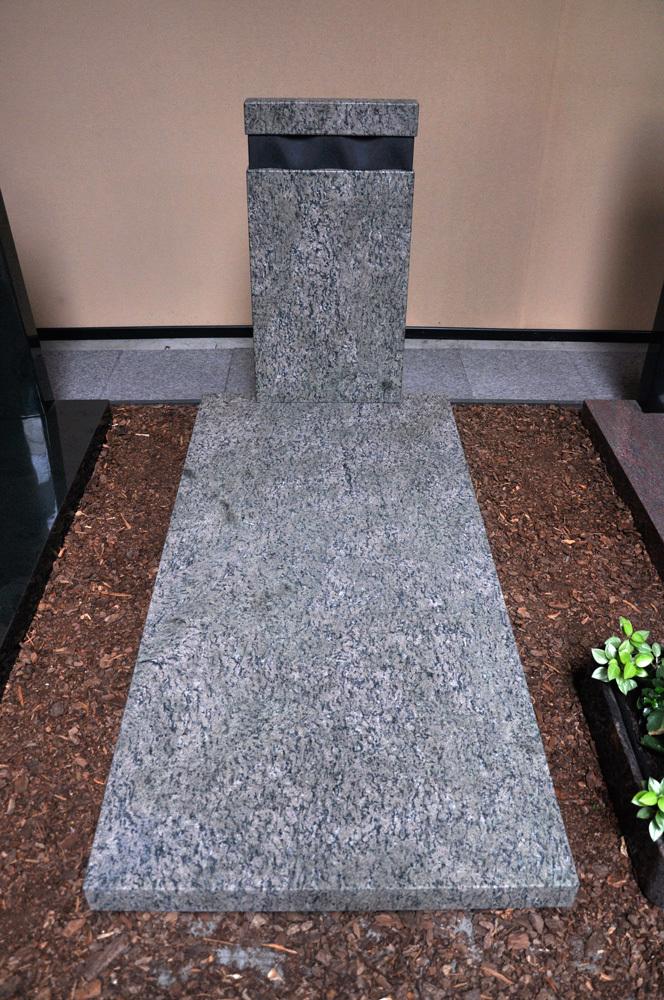 Grafsteen 10