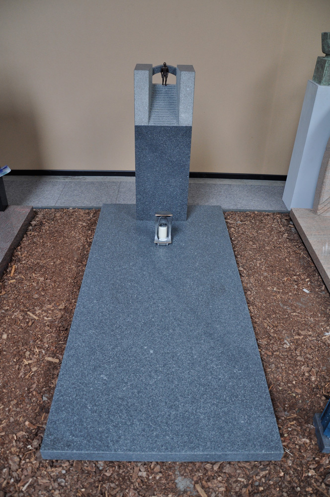 Grafsteen 12